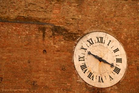 Siena Clockface, Piazza dei Salimbeni, Siena