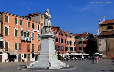 Monumento Niccolo' Tommaseo, Campo Santo Stefano