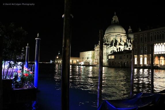 Basilica di Santa Maria della Salute by night