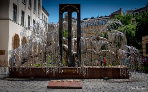 Emanuel Tree, Dohány Street Synagogue
